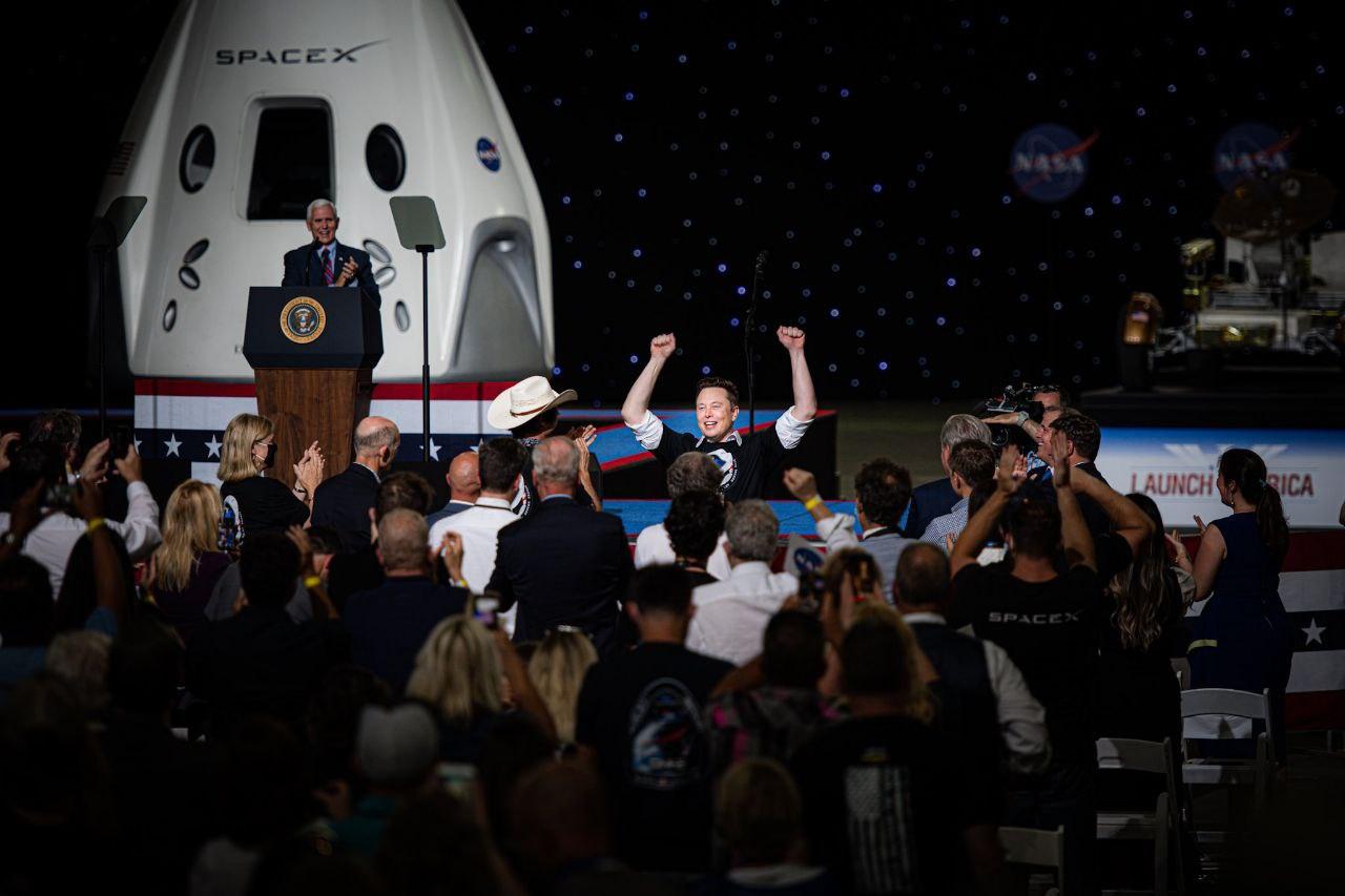Elon Musk Demo-2 SpaceX 2020