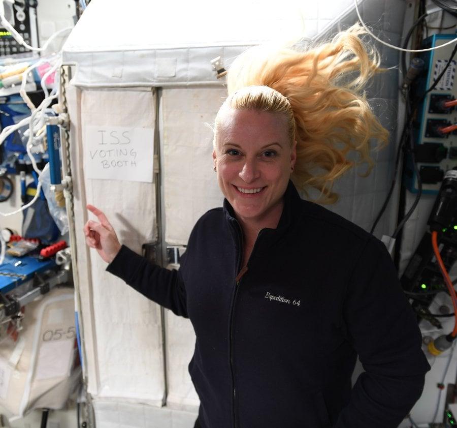 Kate Rubins ISS voto dallo spazio