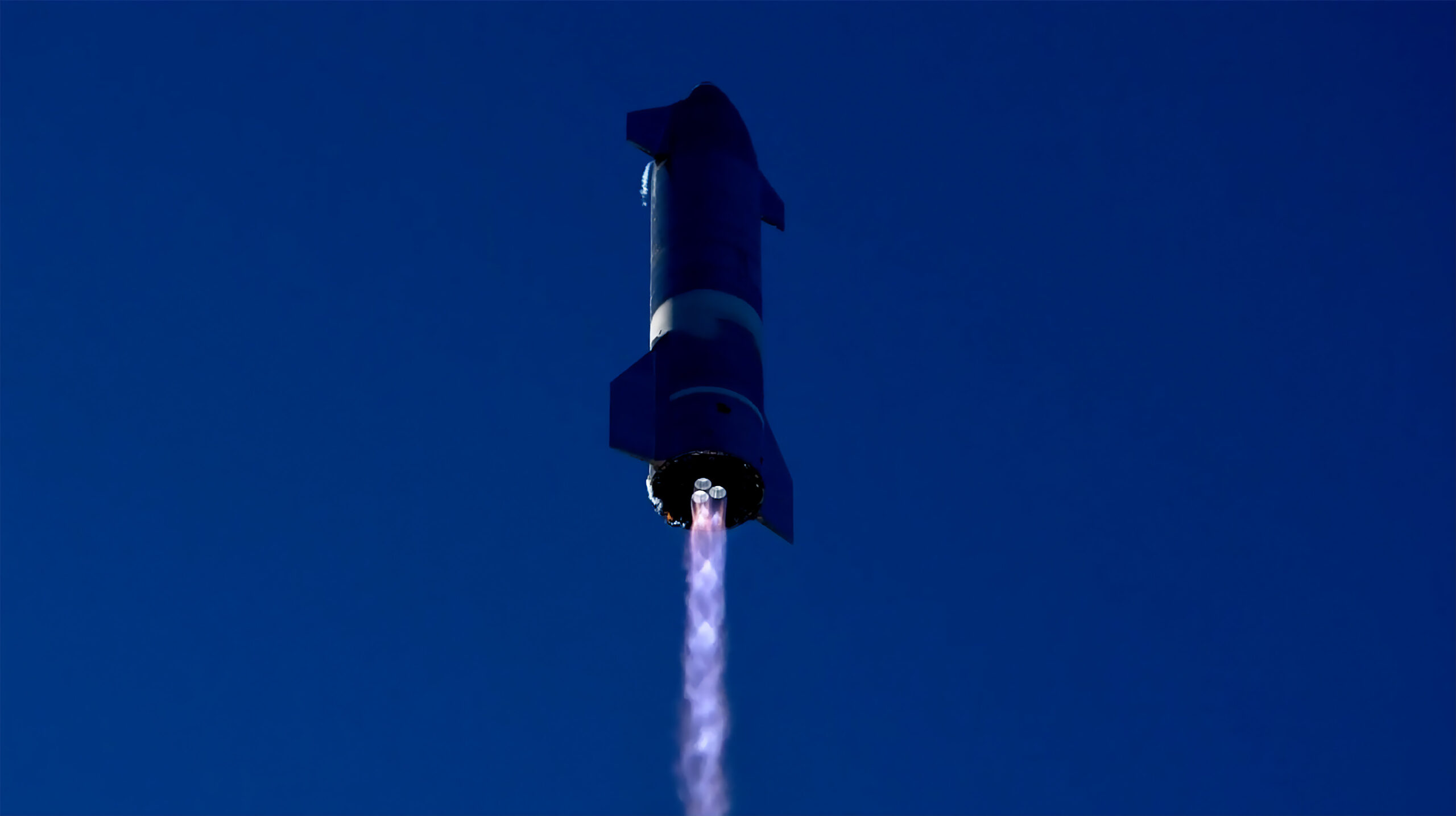 Starship SN8 durante il suo ultimo test. Credits: SpaceX
