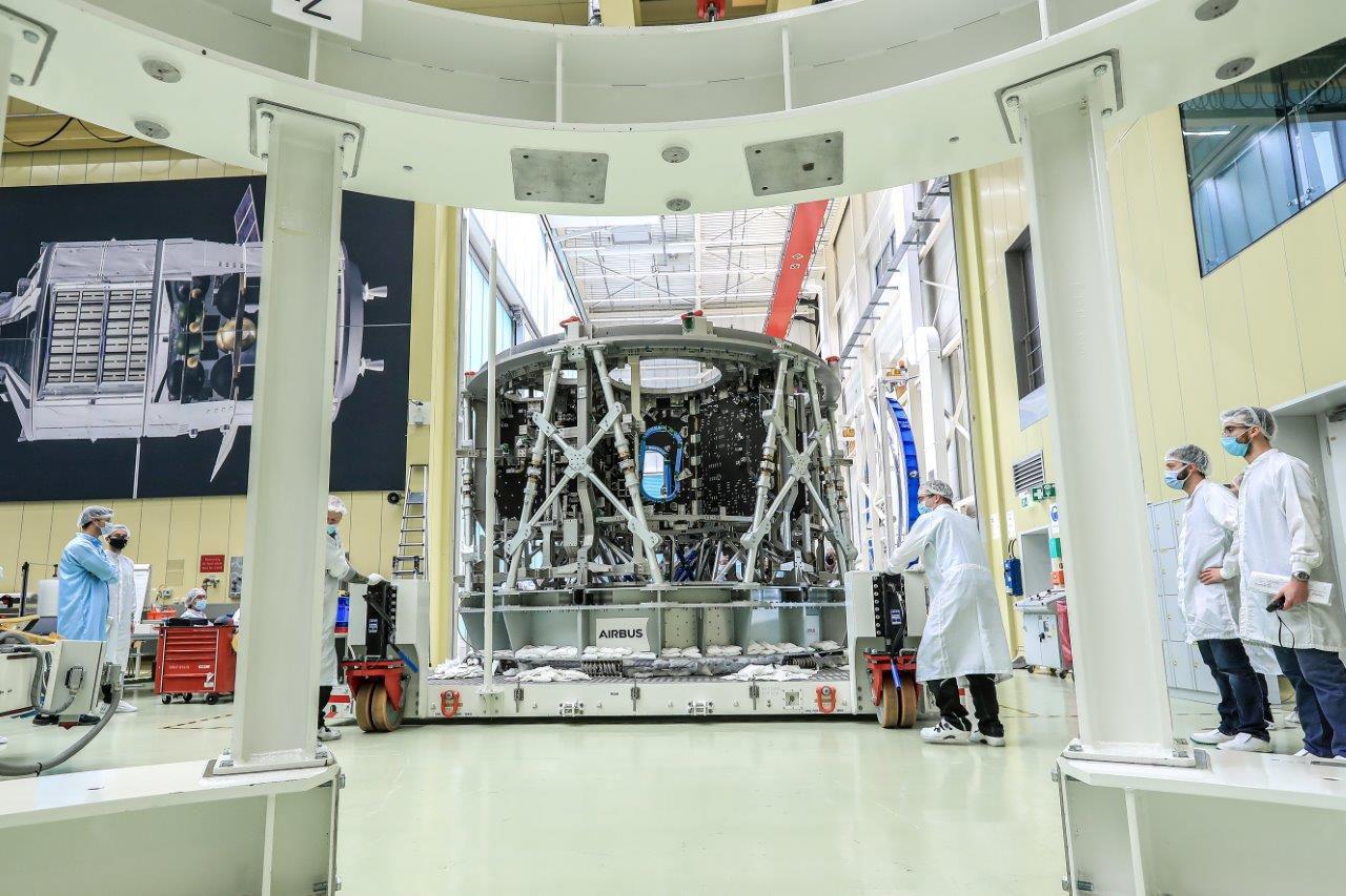 La struttura del modulo di servizio della capsula Orion di Artemis 3. Credits: AirbusSpace