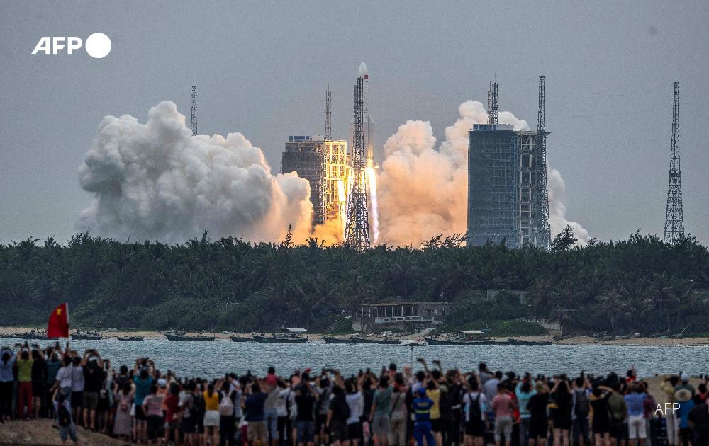 Il lancio del Lunga Marcia 5B con il modulo Tianhe.