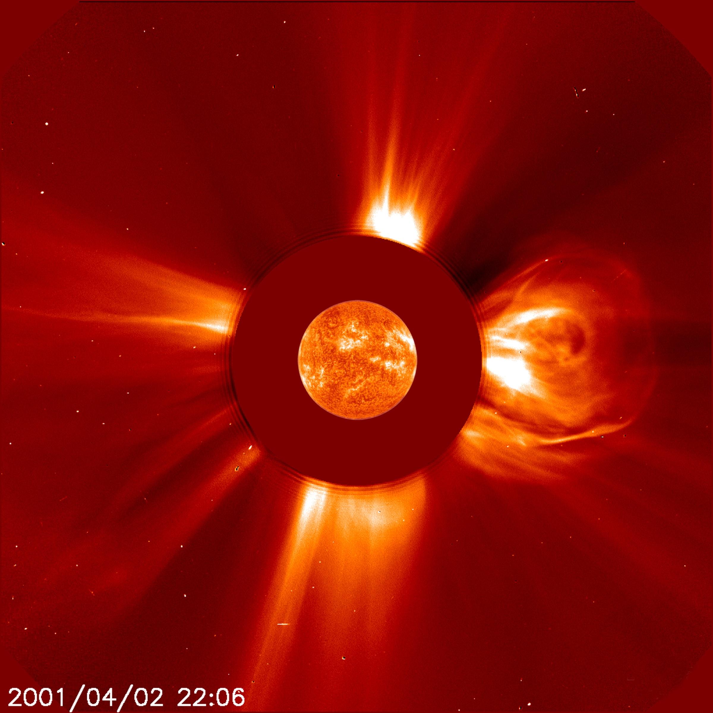 Il brillamento solare del 2 aprile del 2021 registrato dal telescopio spaziale Solar and Heliospheric Observatory (SOHO). Credits: NASA.