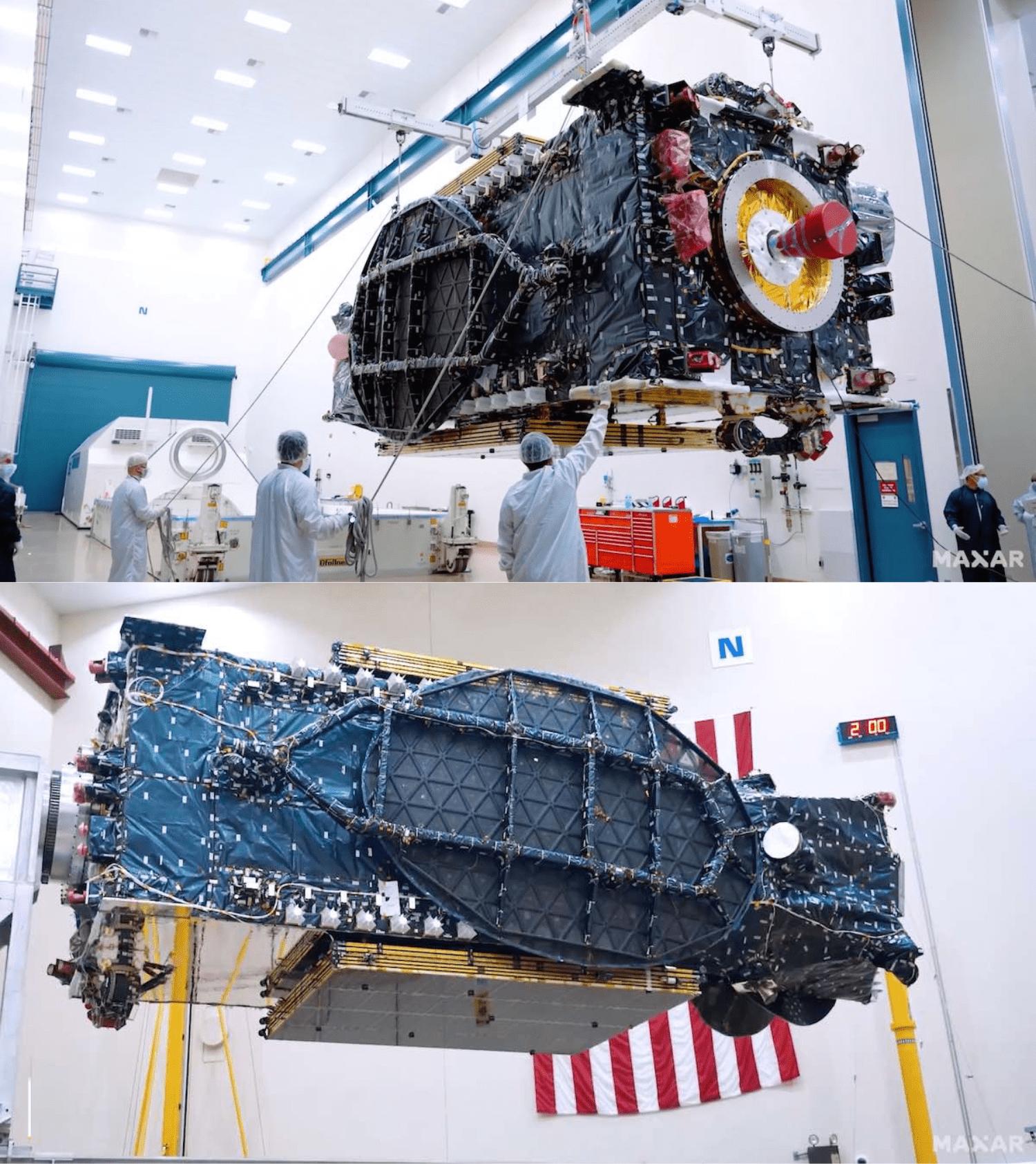 Il satellite SXM-8 durante la preparazione del lancio. Credits: Maxar Technologies.