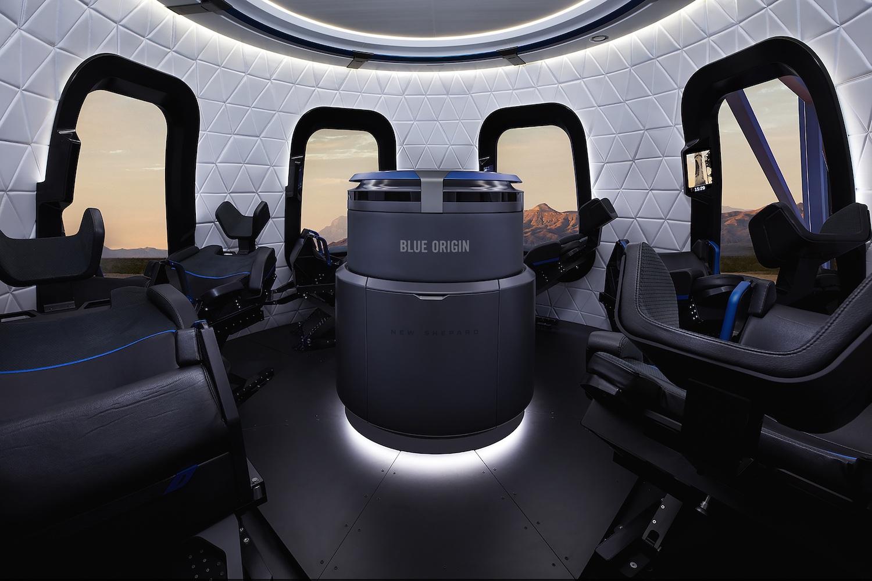 Gli interni della capsula del New Shepard. Credits: Blue Origin.